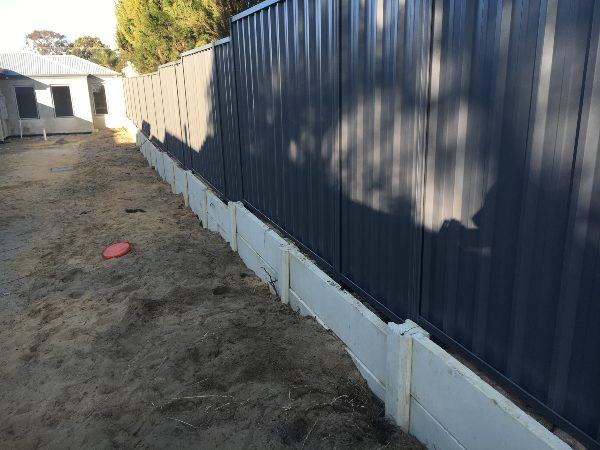 colorbond fencing installation cost Bentley Cloverdale Stratton Bellevue Gosnells Lakelands Midland Armadale Brookdale Aus Quality Fencing
